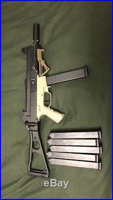 Umarex H&K UMP 45 AEG rifle Airsoft with 6 Mags, Full Metal